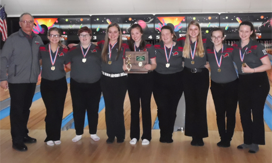 Minerva Girls Bowling - Division 2 East District Champions